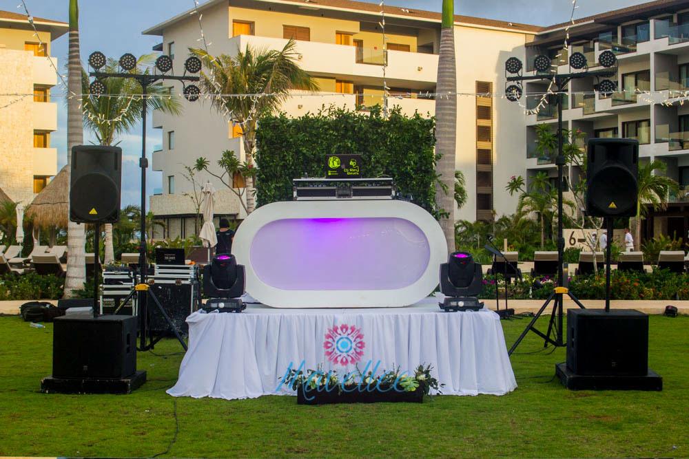 Audio-DJ-Cancun-wedding-events-10 (1)