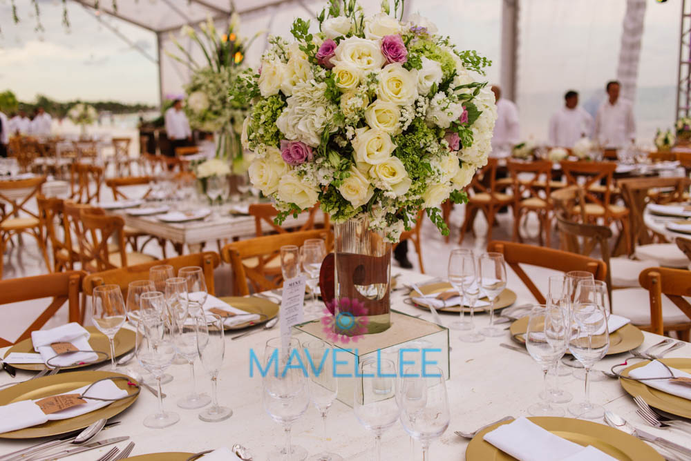 Flower-Decor-Centerpieces-Weddings-Cancun-5