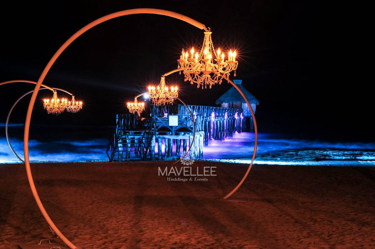 Wedding cancun-Planners - Beautiful Chandelier _-17