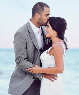 David-y-Elba-Cancun-Beach-Wedding-68