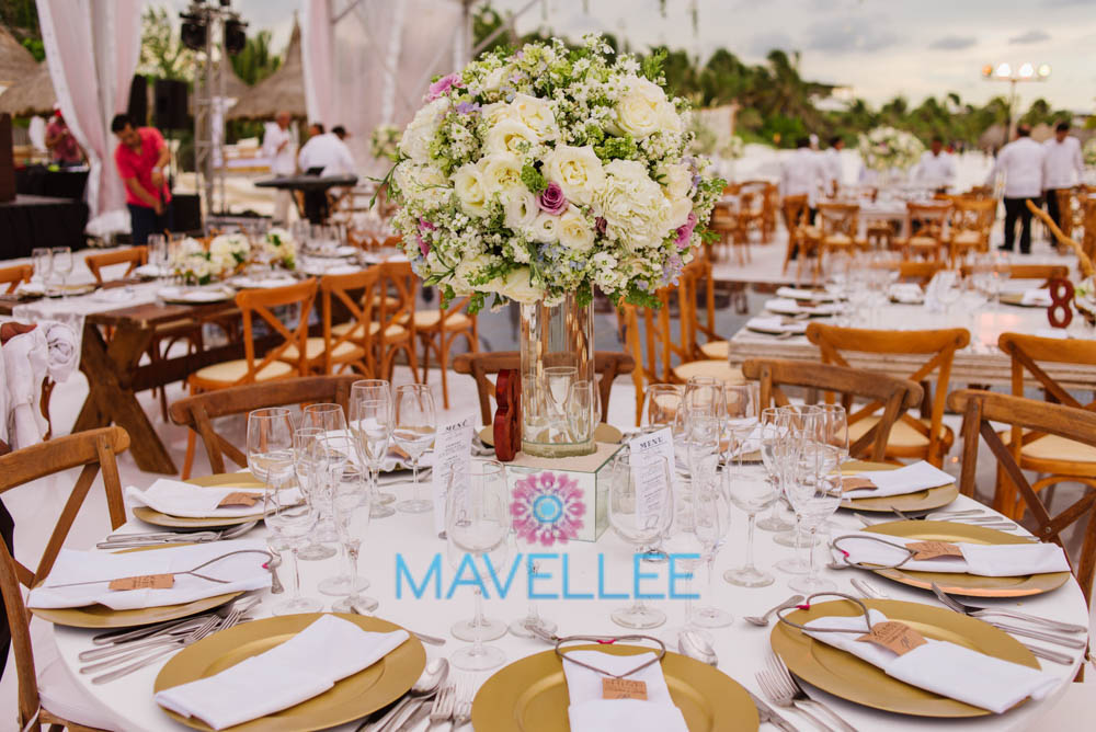 Flower-Decor-Centerpieces-Weddings-Cancun-6