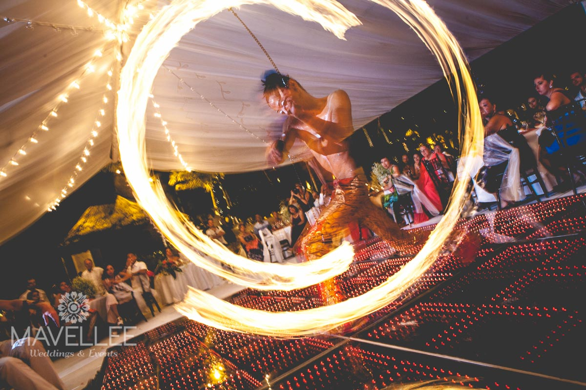 Wedding cancun-Planners-fire shows for events-fire shows company-men and women on fire-34