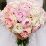 peonías-y-rosas