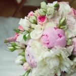 ramo-de-novias-con-peonias (2)