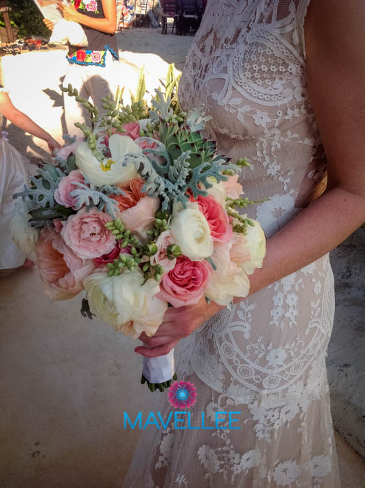 Bouquets-Cancun-Beach-Weddings-3