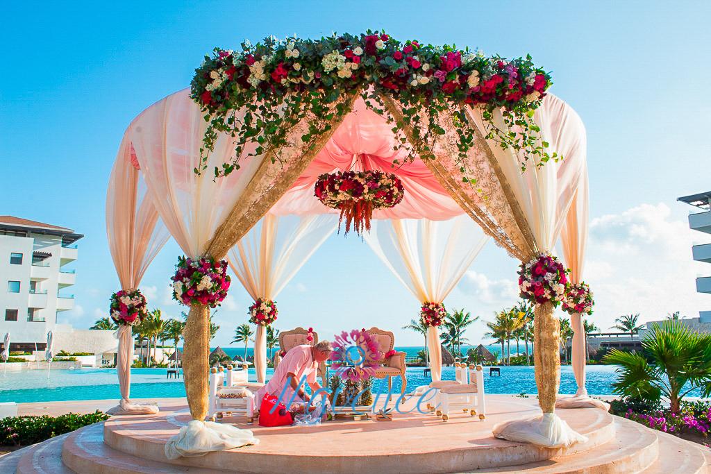 Hermosos gazebos para bodas en la playa