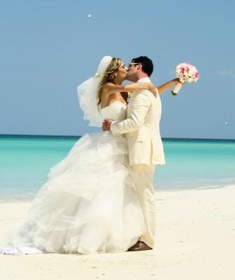 adriana-and-jon-beach-wedding-in-riviera-maya